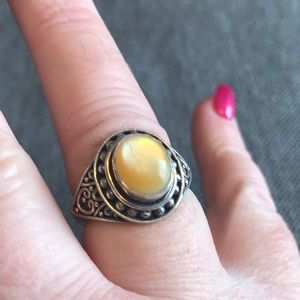 925 sterling silver ring with yellow opaque stone